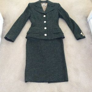 Vintage Dolca & Gabbana fitted green 2pc wool suit
